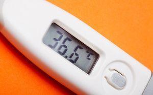 Что делать если першит горло: причины, лечение если кашель, болит горло, заложен нос