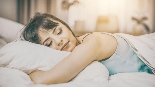 Спрей с мелатонином заменит таблетки снотворного