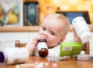 Ребенок после прививки: температура, уплотнение, боль, покраснение, осложнения