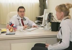 Кровь в моче у женщин и мужчин - причины, заболевания